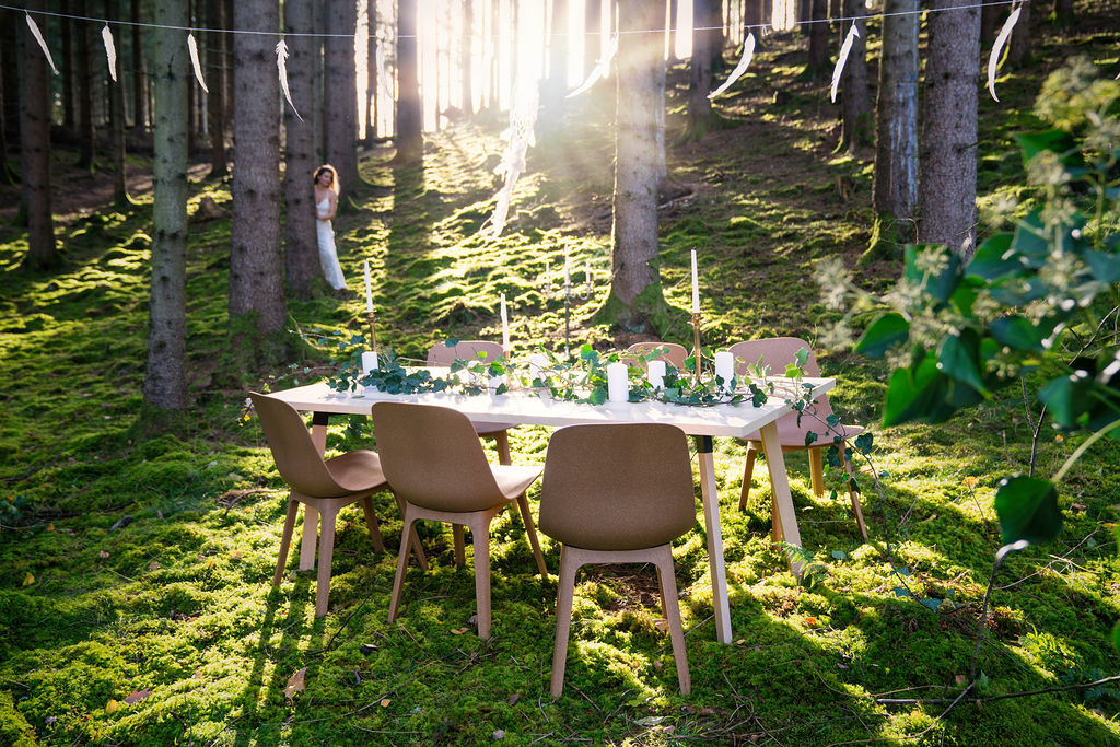 Nordic Stretch Tents - Scandinavian Plank Table & Form Chair