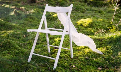 White 'Fold It 'Chair
